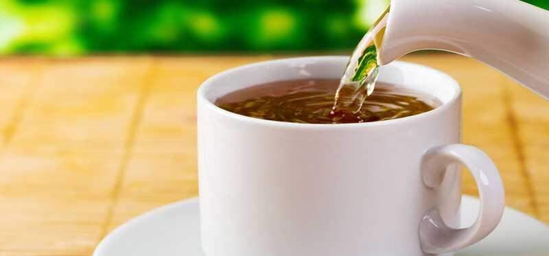 10 prínosov pre zdravie a vedľajších účinkov čaju Burdock