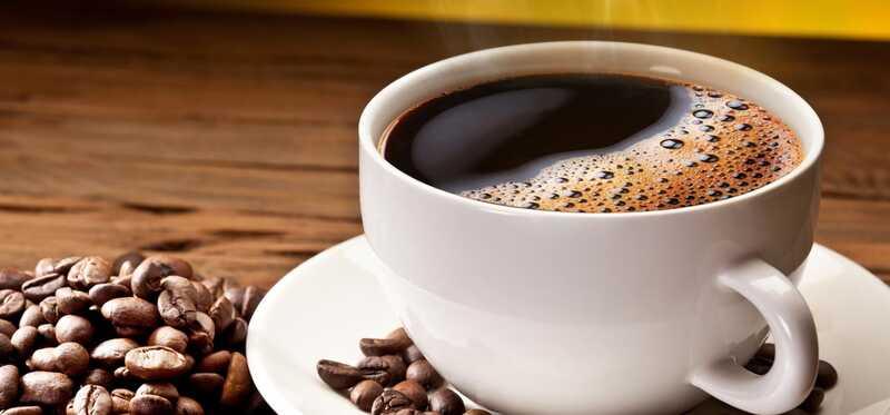 20 fantastiske fordele ved koffein for hud, hår og sundhed