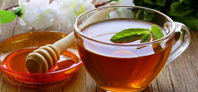 9 úžasných zdravotných prínosov čaju z čaju z citróna