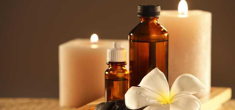 10 geweldige gezondheidsvoordelen van Palmarosa olie