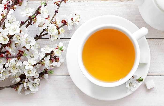 14 úžasné zdravotné prínosy Žltý čaj