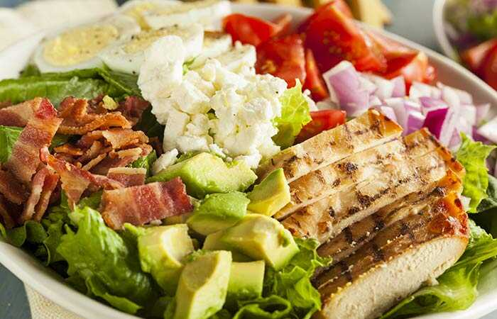 Top 15 Cobb salotų receptai