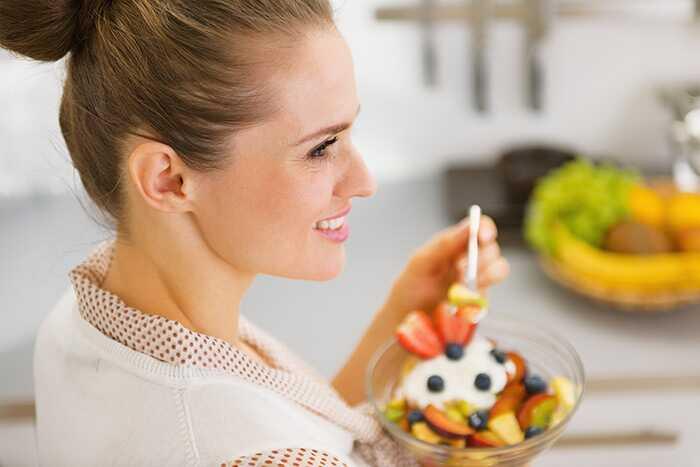 27 účinných domácich liekov na liečbu premenštruačného syndrómu