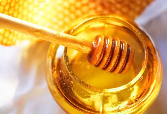 Top 15 domácich liekov na liečbu vredov v ústnej dutine