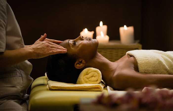 Hvordan hjælper hovedmassage med hårvækst?