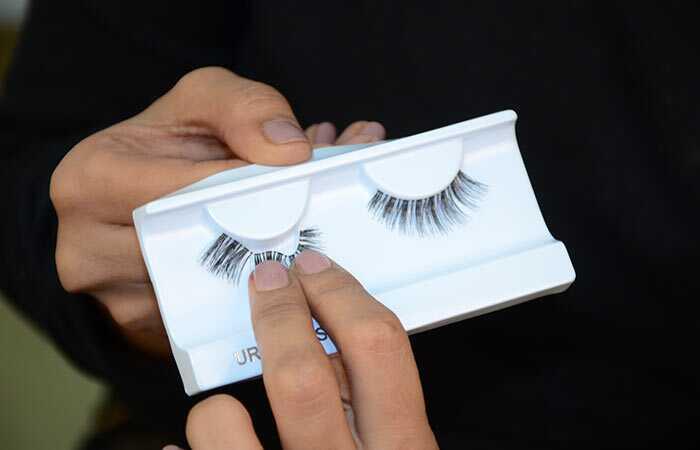 Sådan ansøger du Falske øjenvipper - Nem tips