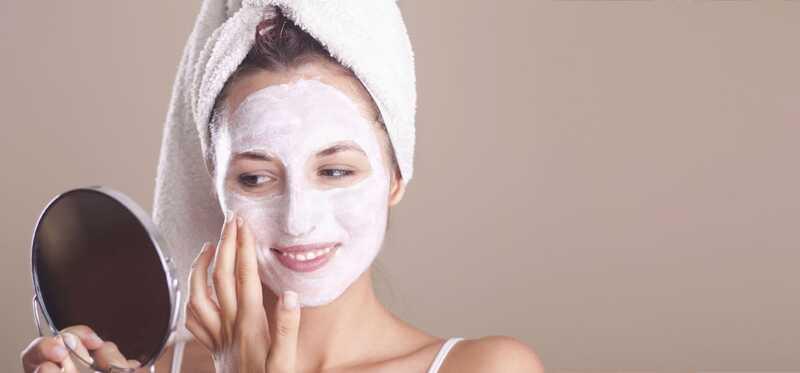 10 úžasných prínosov tváre na koži