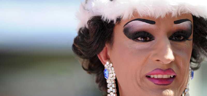 Ako urobiť Drag Queen makeup?