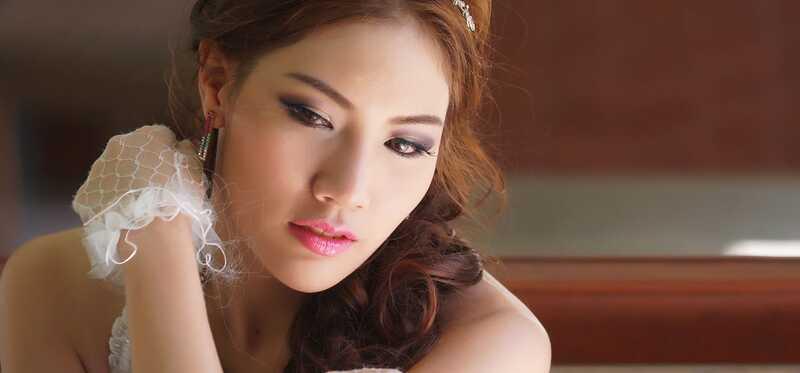 Hvordan man laver koreansk brude makeup?