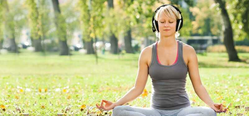 5 kamangha-manghang mga benepisyo ng plauta Musika para sa Meditasyon