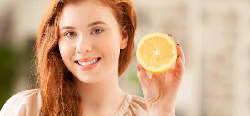 Ako farbiť vlasy s citrónovou šťavou?