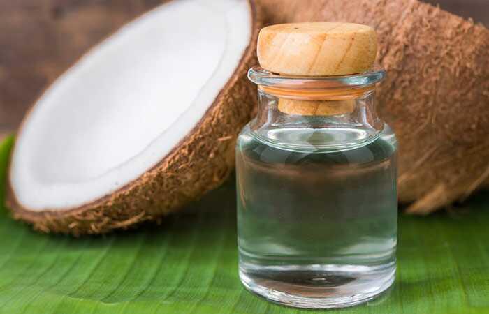 Kā atbrīvoties no grumbām, izmantojot kokosriekstu eļļu