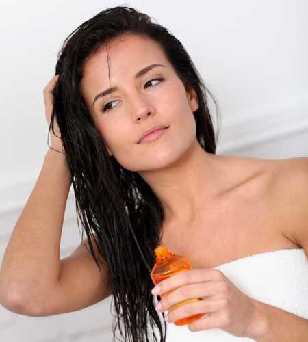 Hvordan får man silkeagtig og hoppende hår om sommeren?