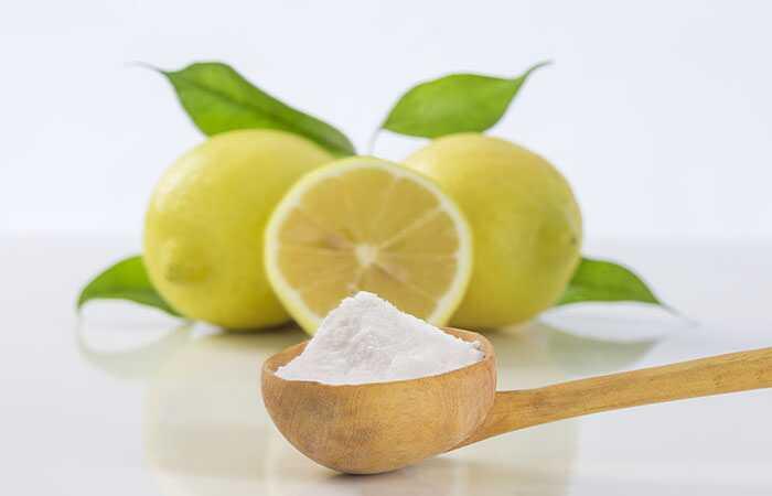 Ako odstrániť tmavé škvrny na tvári s citrónovou šťavou