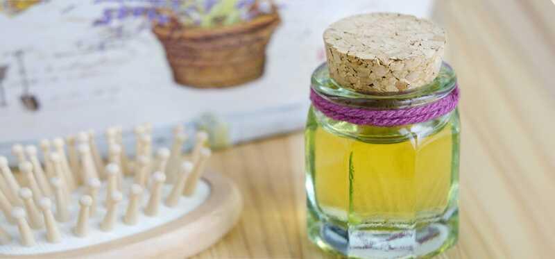 Ako používať ricínový olej na liečbu lupín?