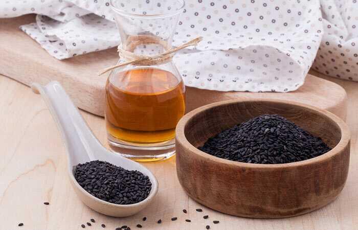 Ako používať olej z čierneho semena (Kalonji) na rast vlasov a plešatosť