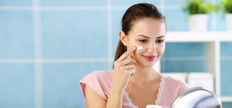 Ako používať opaľovací krém s make-upom?