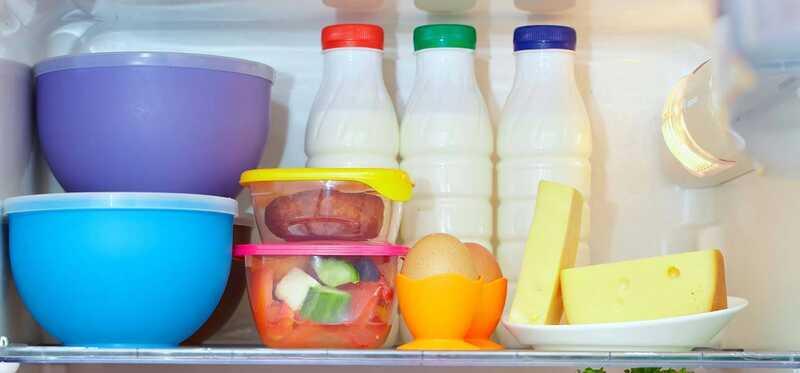 Je bezpečné zmraziť potraviny v plastových kontajneroch?