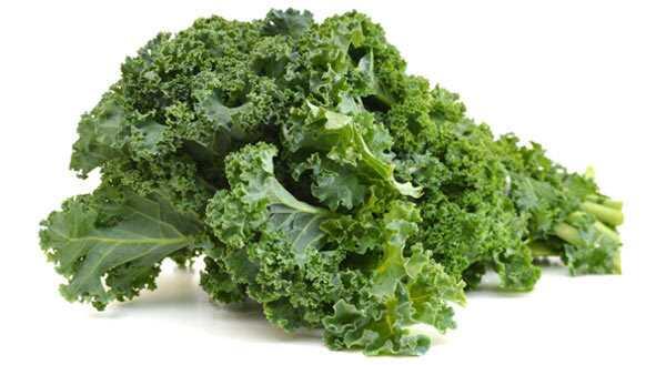 13 úžasných výhod Kale (Karam Saag) pre pokožku, vlasy a zdravie