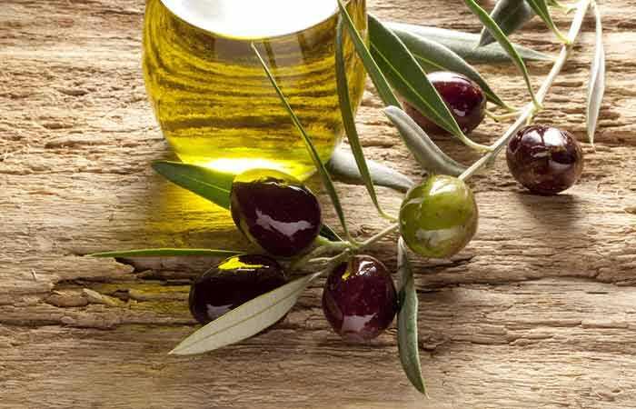 Je olivový olej Efektívne riešenie pre suché vlasy?