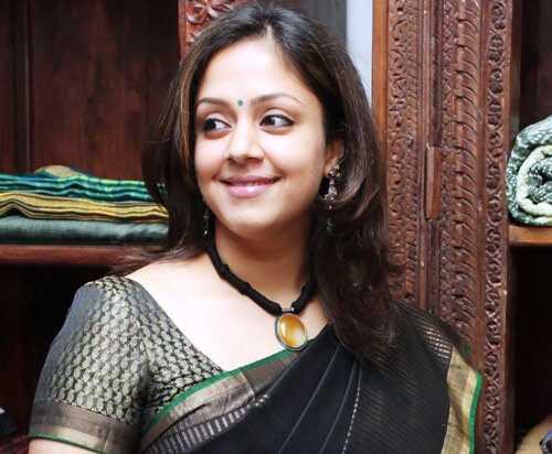 10 fotografií Jyothika bez make-upu