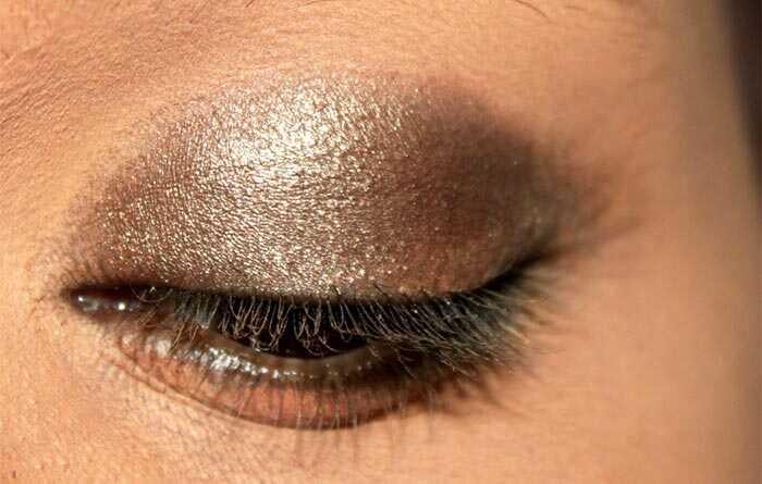 Kajol inšpiroval make-up očí - tutoriál s podrobnými krokmi a obrázkami