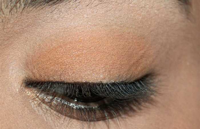 Katrina Kaif inspireret øjenmakeup tutorial - med detaljerede trin og billeder