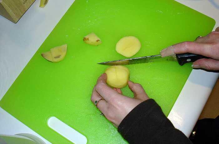 15 Zaujímavé kuchyne Hacks, ktoré môžu robiť vašu prácu Super-Easy