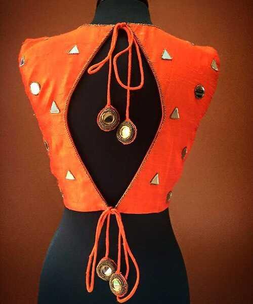 Najnovšie 30 najnovšie Blouse back neck designs - 2017