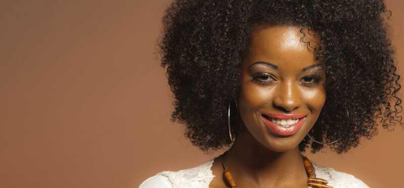 Top 10 lūpukrāsas toņos sievietēm ar ādai ādu