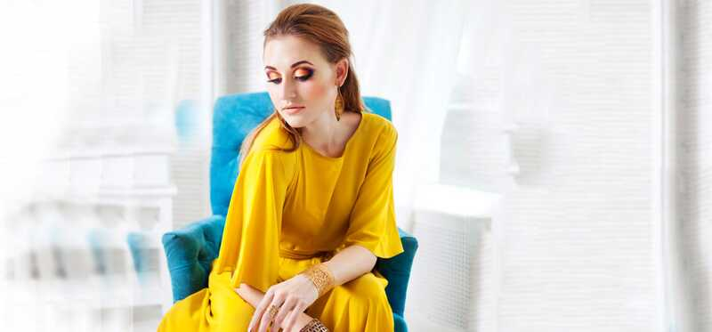 4 úžasné make-up tipy na nosenie s vašimi žltými šaty