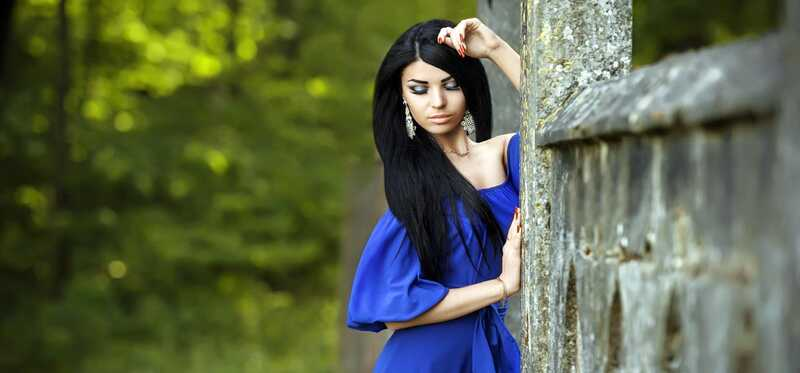 6 úžasných makeup tipy Keď nosíš modré šaty