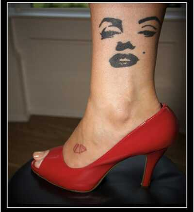 10 Ikonické vzory tetovania Marilyn Monroe