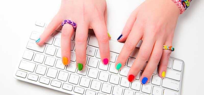 Hoe kies je nagellakse kleuren voor 4 verschillende huidtinten?