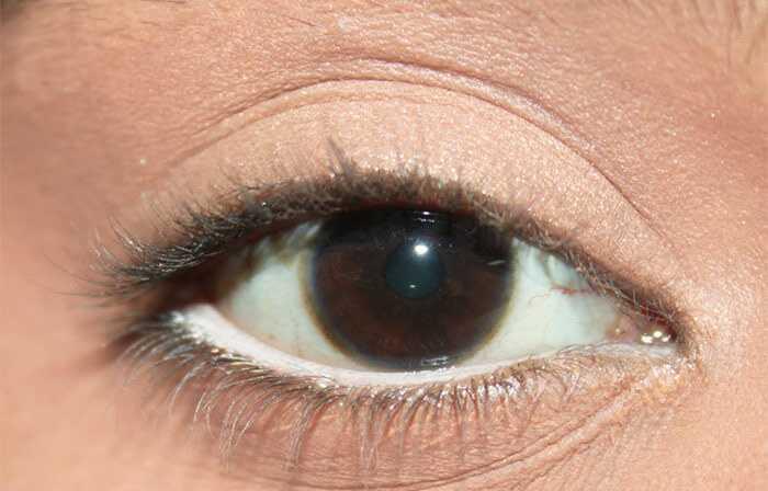 5 nieuwe manieren om een witte oogliner te dragen