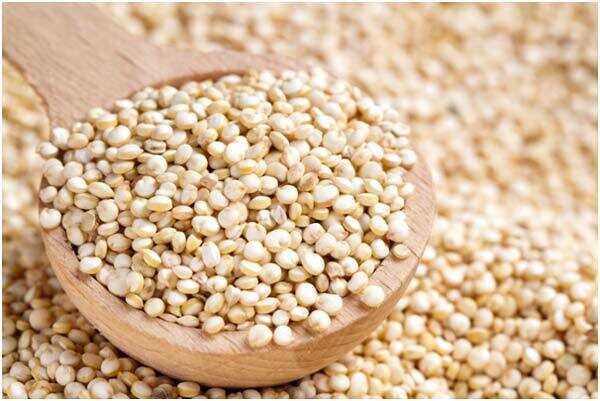 20 úžasných prínosov Quinoa pre pokožku, vlasy a zdravie
