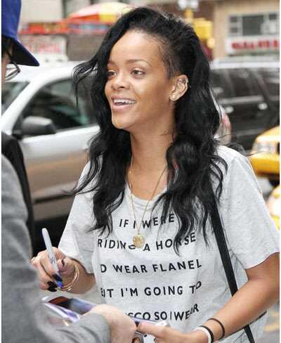 10 Rihanna pilti ilma meikuta