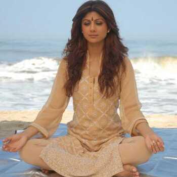 Úplne výkon jóga cvičenie Shilpa Shetty