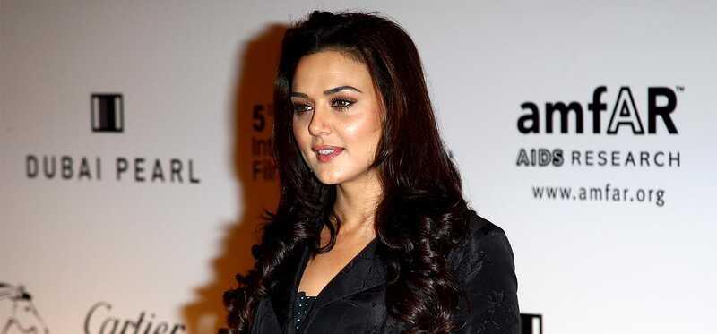 Preity Zinta je make-up, krása a fitness tajomstvo odhalenie