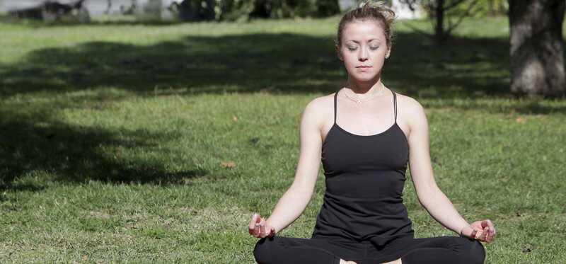 6 geweldige voordelen van Soham Meditatie voor het leiden van een gezond leven