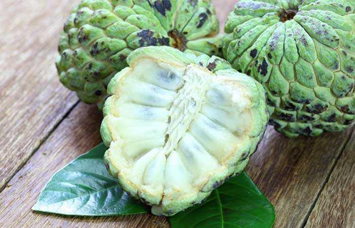 10 fantastiske sundhedsmæssige fordele ved Custard Apples (Sitaphal)