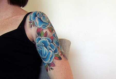 Top 15 rožu tetovējumu dizaini