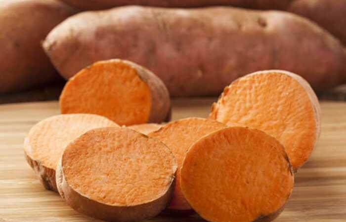 19 fantastiske fordele ved søde kartofler (Shakarkandi) til hud og sundhed