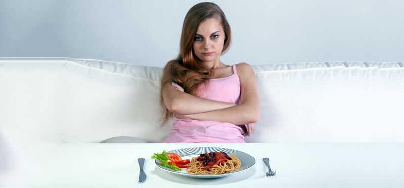 10 gravi effetti collaterali di Starving