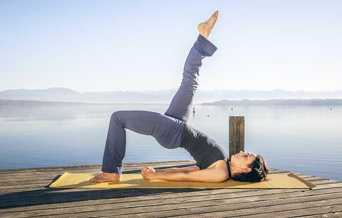 Hvordan man gør Setu Bandhasana og Hvad er dens fordele