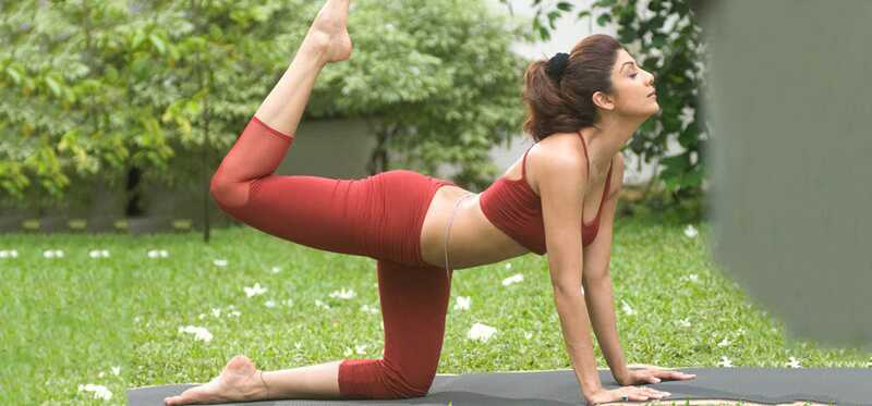 Top 7 Shilpa Shetty Yoga videoer til en komplet body workout