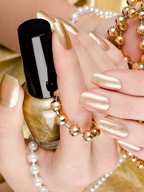 10 couleurs à ongles tendance que vous devez posséder cet hiver