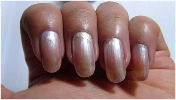 Silver nail art tutorial - s detailnými krokmi a obrázkami