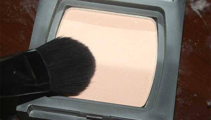 Simple Hack for at forhindre smudging af eyeliner - vejledning med detaljerede trin