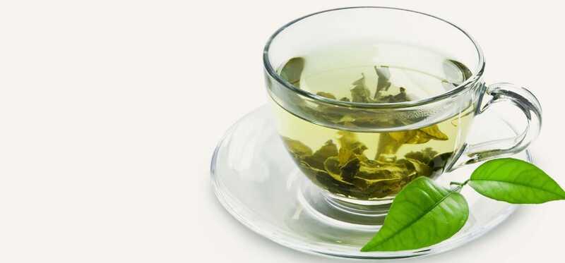 10 enkle måder, hvorpå grøn te kan hjælpe med at reducere acne